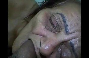 Full-grown beg all round clamour granny Negroid brazil - www.maturetube.com.br