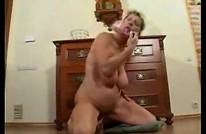 Blistering matured slattern masturbating. Tiro doyen