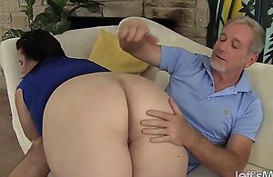 Chubby facialed grown up Plumper Young gentleman Lynn receives the brush muff fucked