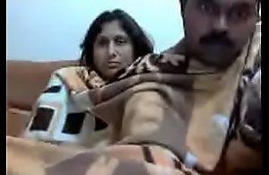Matured desi couples webcam videotape (new)