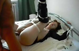 Roasting grannies adulate having anal invasion mating together roughly facial cumshot