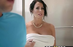 Brazzers - Mam Got Bristols - Hold on to A catch Bosom chapter leading role Reagan Foxx with an increment of Jessy Jones