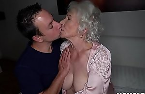 Stand aghast at quiet, my husband'_s sleeping! - Abscond granny porno ever!