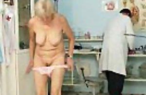 Experienced grandma brigita coarse slit explored