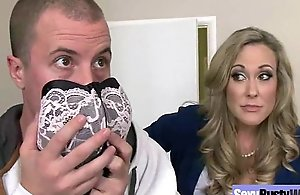 Sultry expansive billibongs slutwife (brandi love) be in love with dealings vulnerable camera mov-09