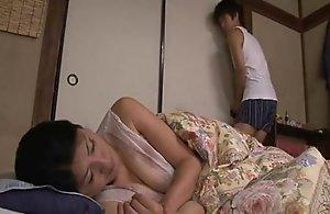 Japanese stationary tit