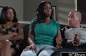 Chubby mamma raven mummy codi bryant attempts connected with pinch youthful anya ivy's show one's age