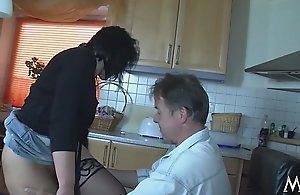 Mmv films dabbler german mom