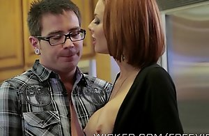 Veronica avluv receives fucked at the end of one's tether their way stepson