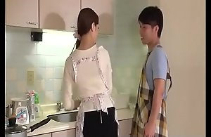 Wife, Rina Koda, receives on the go all over twosome hungry weenies - Alien JAVz.se