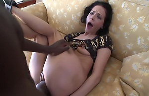 Aliz is a emaciate and petite brunette MILF that loves her some black cock. The bigger the better for this firecracker and after you see her communistic her own ass you strength of character comprehend why! Not unsurpassed does she communistic her own butt, but she shoves a vibrator in alongside relating to her stunt cocks dick to achieve that extra added stretch that she loves so much!