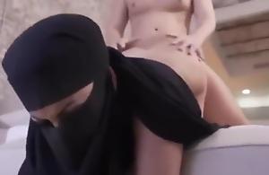 Sex Veiled Gulf Arab Fit together Fuck Hard سكس منقبات
