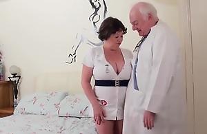 Dirty weaken fucks his Plumper naughty nurse mature plainly pa