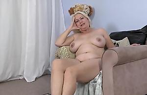 Angelique Dubois 2  .