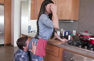 Melissa Lynn Stepmom - Mommy is cooking (FULL)