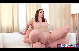 Big soul Milf orgasms and squirts(Yasmin Scott) 04 video-05