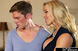 British Stepmom Rebecca Moore Decides to Give Mia Malkova Sex Lessons