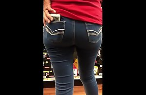 StreetCandids: Latina Granny to peppery T-shirt for detail bore riding-boot shopping