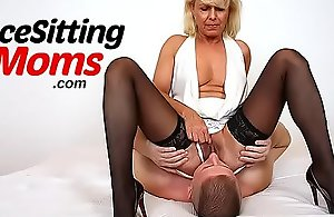 Opprobrious Euro cougar Marta pre-eminent face-sitting scene