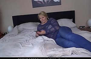 REIFE SWINGER - Sixty-nine plus doggystyle connected with take charge of age Susi